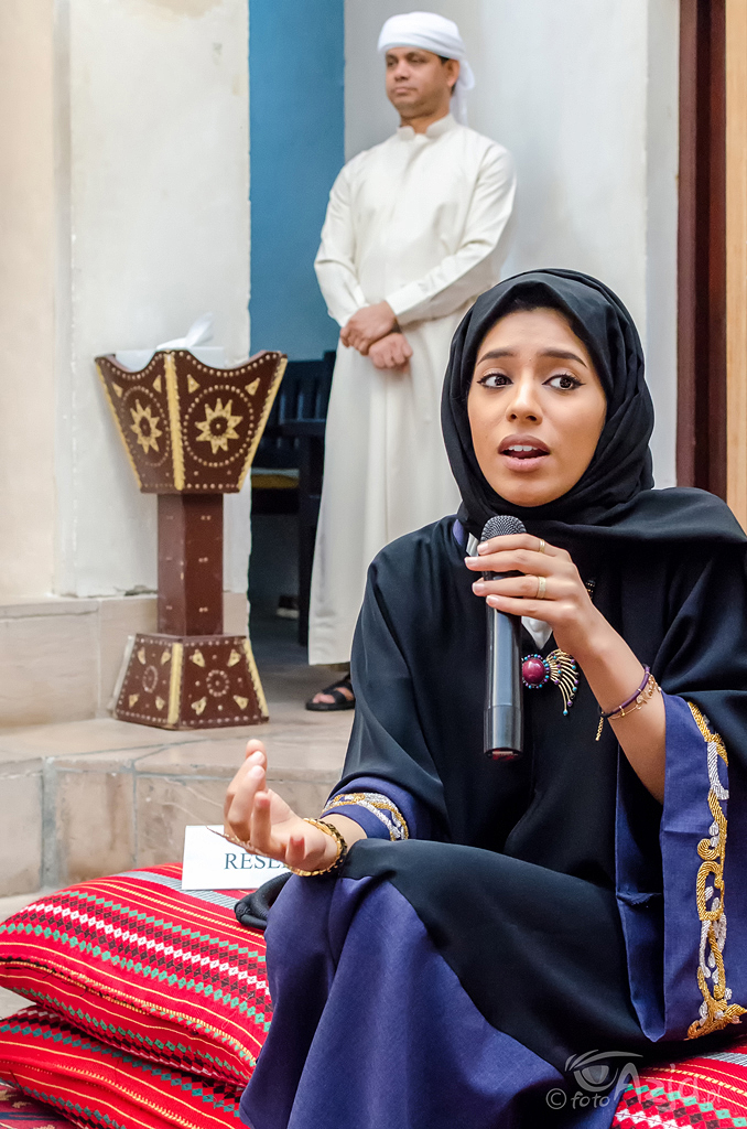 "Poranna sesja ""pytania i odpowiedzi"" w Sheikh Mohammed Centre for Cultural Understanding"